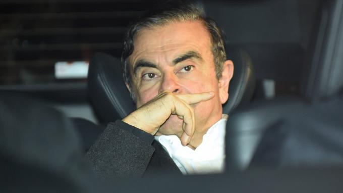 二進二出 前日產總裁Carlos Ghosn獲准以450萬美元保釋。(圖:AFP)