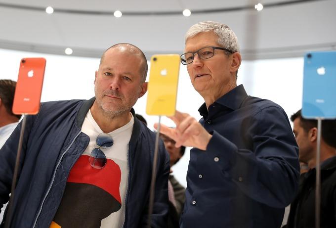 蘋果高通和解前,英特爾是蘋果基頻晶片唯一供應商。(圖:AFP)
