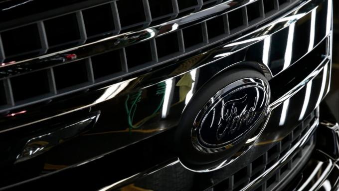 福特取代特斯拉重返美國市值第二大車廠地位。(圖:AFP)
