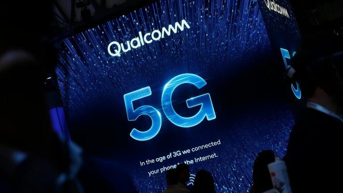 美國司法部為求5G競爭力 警告FTC勿重罰高通。(圖:AFP)