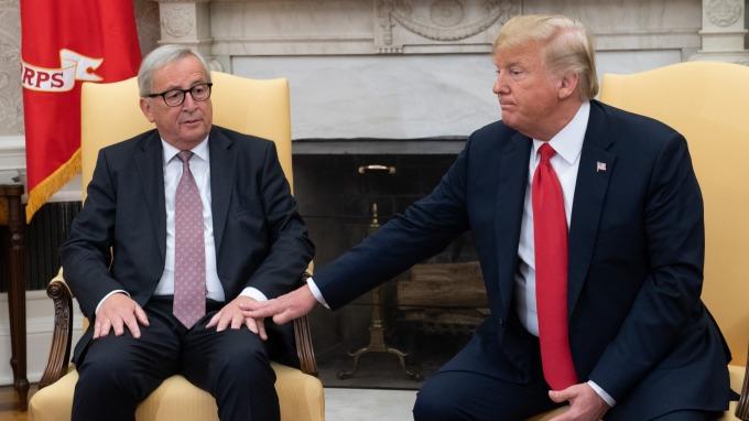 容克和川普。(圖片:AFP)