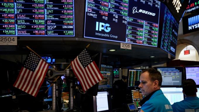 (圖片:AFP) 美國股市中場反彈上揚