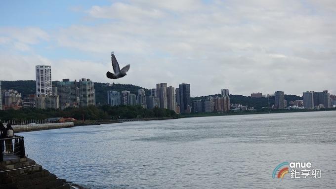 大台北地區新建案近一年漲幅,以淡水走高8.08%居冠。(鉅亨網記者張欽發攝)