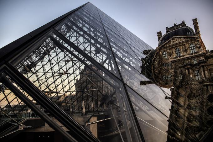 羅浮宮玻璃金字塔 (圖片:AFP)