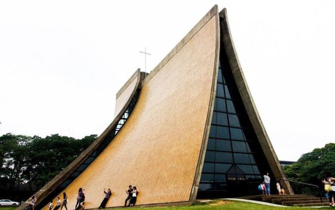路思義教堂 (圖片:architravel)