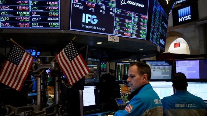(圖片:AFP) 超富投資人改持現金