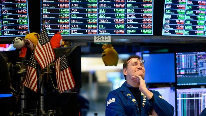(圖片:AFP) 美國指數期貨盤前大幅走低