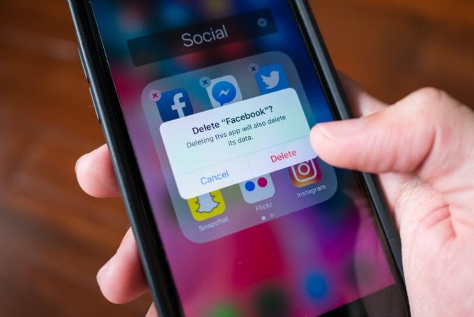 越來越多人刪除自己的 Facebook 圖片來源 Shutterstock