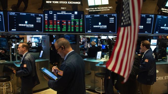 (圖片:AFP) 美國股市週四反彈