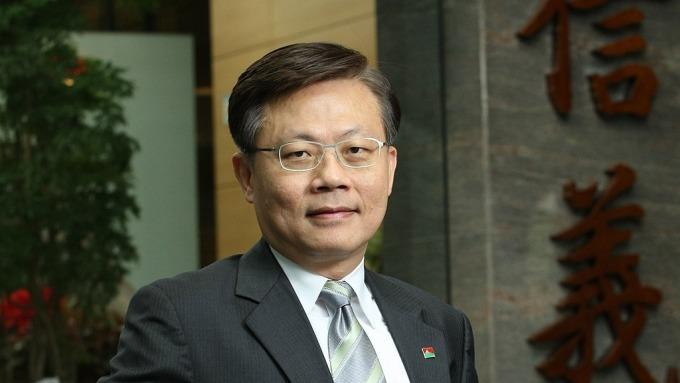 信義房屋董事長由薛健平接任。圖:信義房屋提供)
