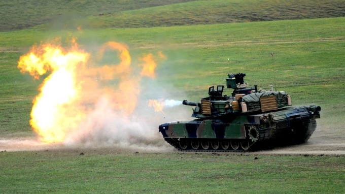 M1 艾布蘭主力坦克  (圖片:AFP)