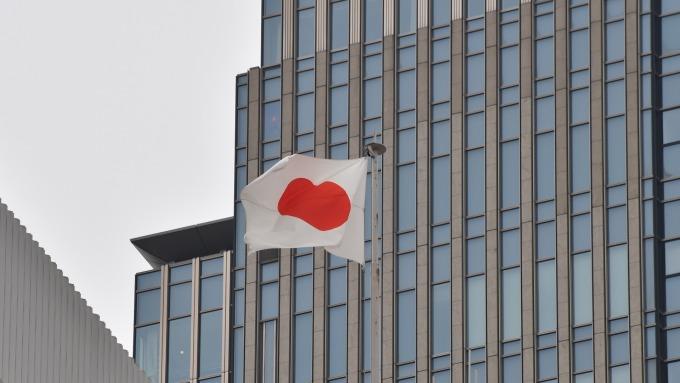 日本GDP表現符合民間預期、年增率上修至2.2% (圖片:AFP)