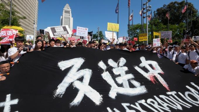 香港週日大規模遊行「反送中」(圖片:AFP)