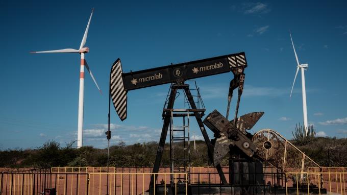 諮詢機構研判,2020年的油市表現,恐怕會很難看。(圖片:AFP)