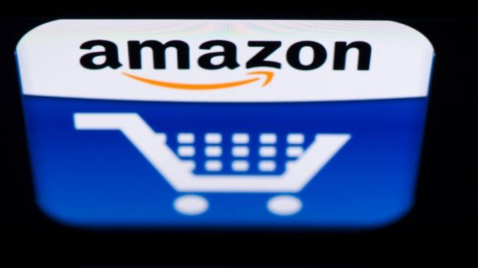 亞馬遜擬為「信用欠佳」用戶推出信用卡(圖:AFP)