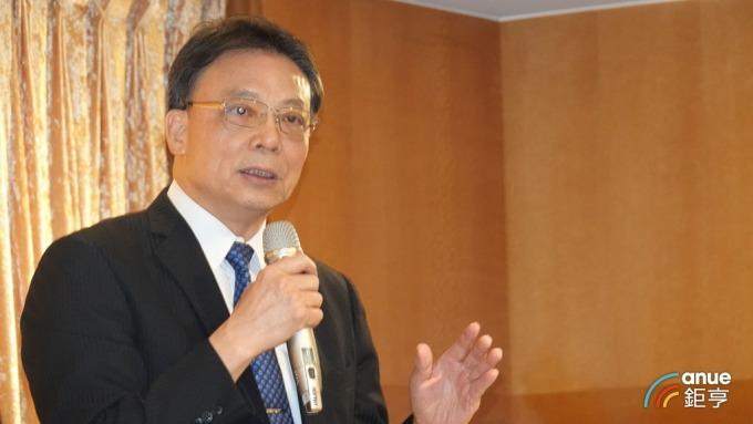 晶技新任董事長林萬興。(鉅亨網記者張欽發攝)