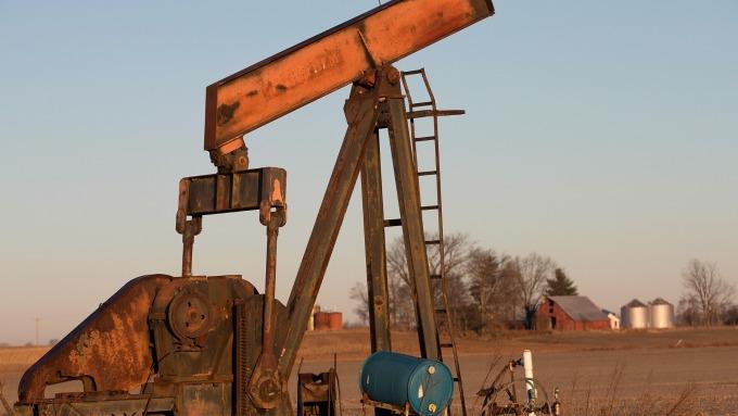 美國石油業欣欣向榮 還改寫了歷史 (圖片:AFP)