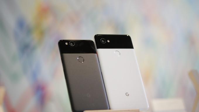谷歌新手機擬採用Soli雷達晶片可隔空滑手機(圖:AFP)
