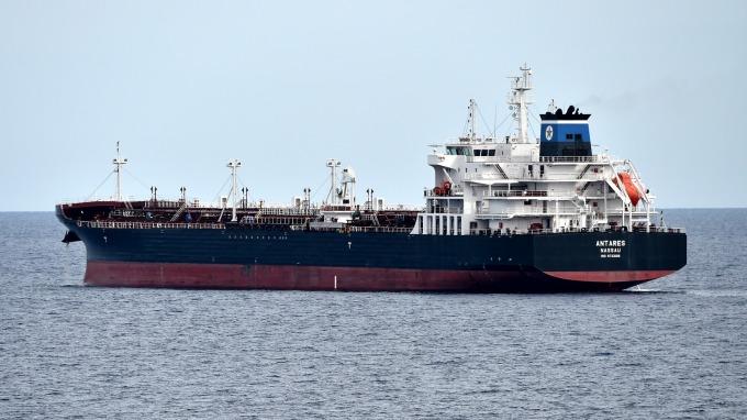 中油油輪阿曼遇襲,中油:庫存無虞不影響國內供應。(圖:AFP)