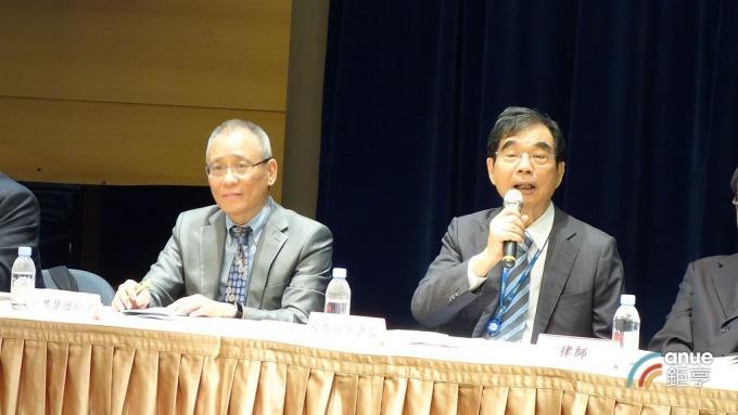 金居開發董事長宋恭源(右)。(鉅亨網記者張欽發攝)