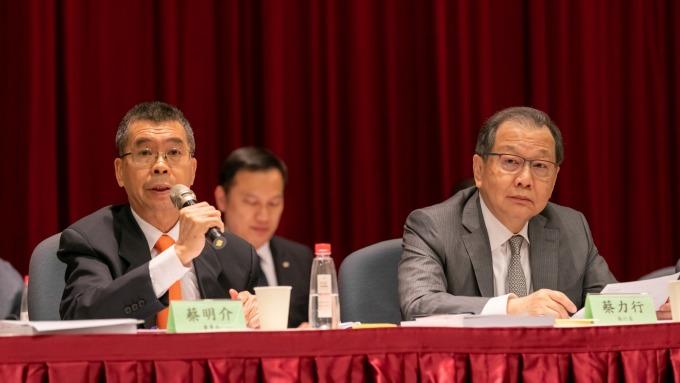左起為聯發科董事長蔡明介、執行長蔡力行。(圖:聯發科提供)