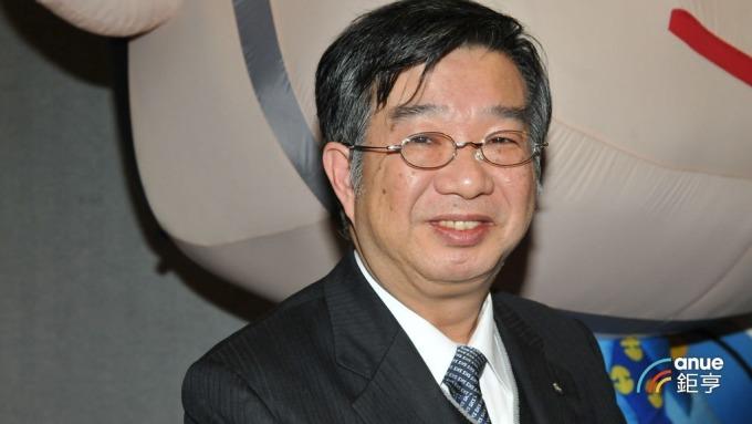 新光保全董事長林伯峰。(鉅亨網記者張欽發攝)