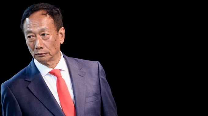 鴻海董事長郭台銘最後一次以董座身分出席股東會。(圖:AFP)