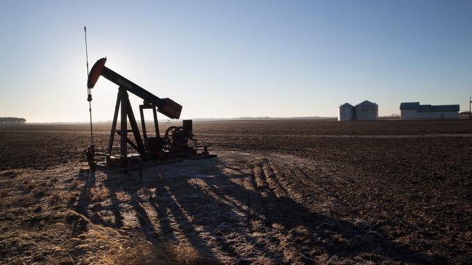 投機者看多原油意願大減(圖片:AFP)