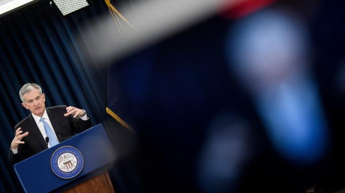 關鍵字「等」,卻是等一件不會發生的事情。(圖:AFP)