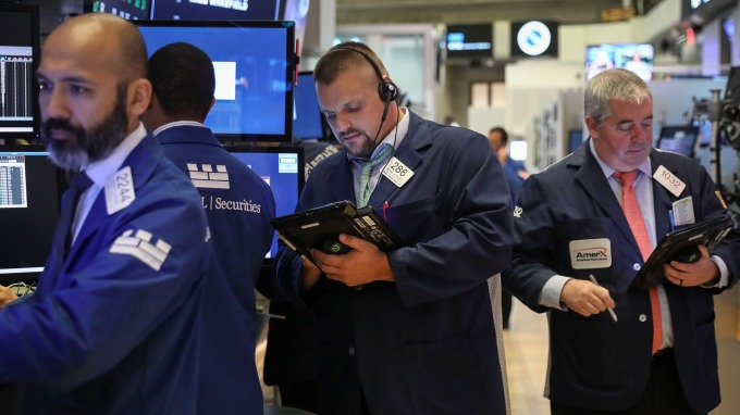 克雷默:臉書一旦推出加密貨幣 股價將突破新高點 (圖片:AFP)