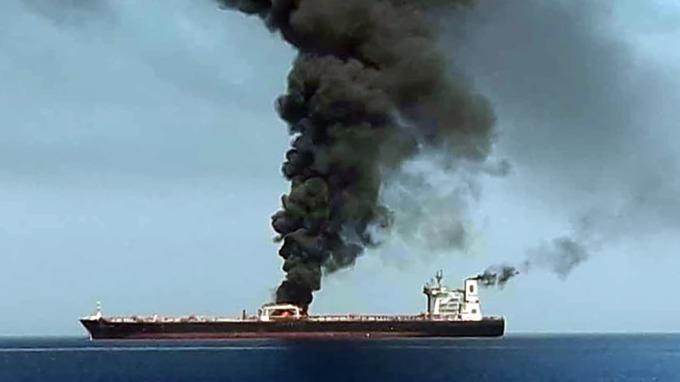 五角大廈日前公布新照片,重申油輪遇襲事件是伊朗所為。(圖片:AFP)