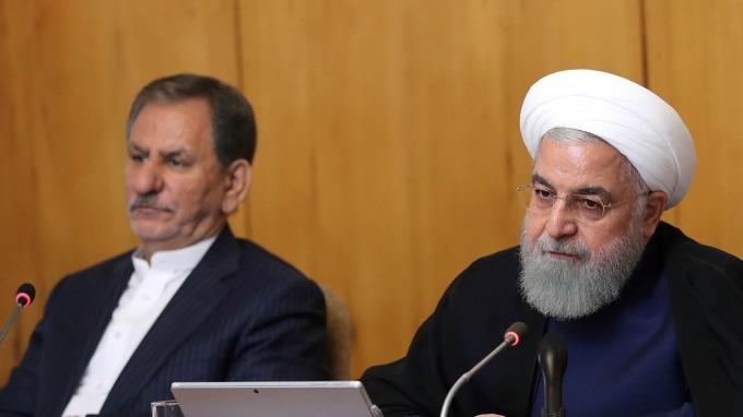 伊朗總統哈桑羅哈尼 (右)。(圖片:AFP)