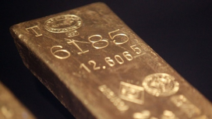 政經愈動盪就愈搶手 四大利多簇擁 黃金創六年新高後漲不停。(圖:AFP)