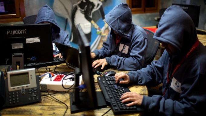 駭客網攻示意圖。(圖片:AFP)