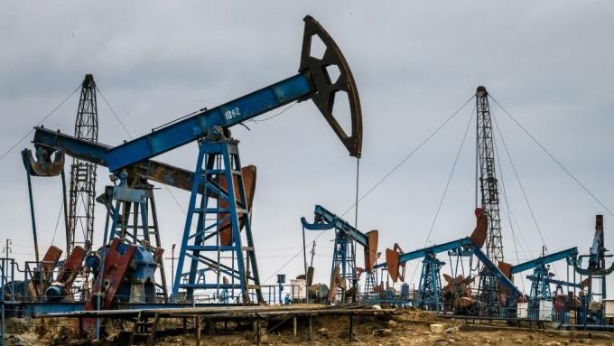 非OPEC產油國也決定延長減產協議 (圖:AFP)