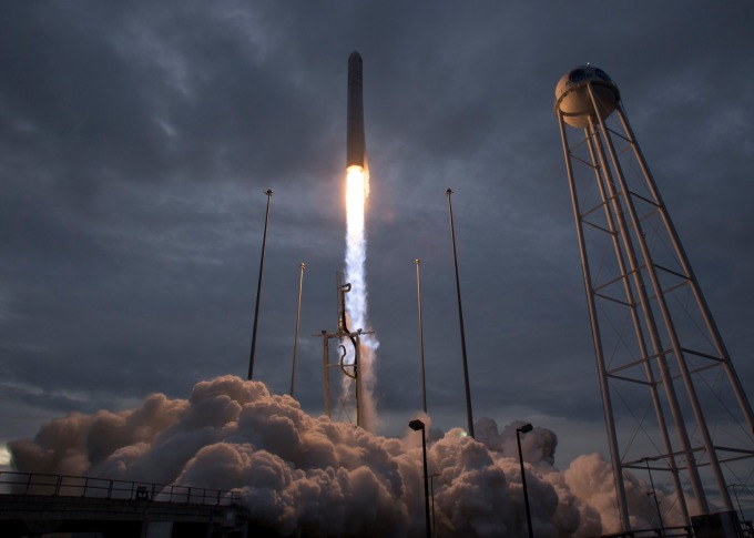 火箭噴射示意圖。(圖片:AFP)