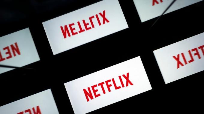 Netflix股價表現落後大盤 即使看多的分析師也開始表達擔憂(圖:AFP)