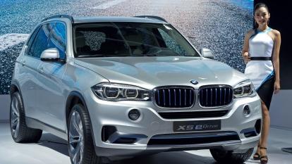 預防無秩序脫歐、BMW部分引擎產線將移出英國。(圖片:AFP)