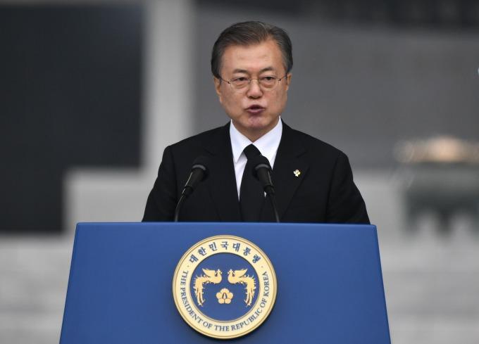 日本指氟化氫遭違法出口、南韓稱非日本產品。(圖片:AFP)