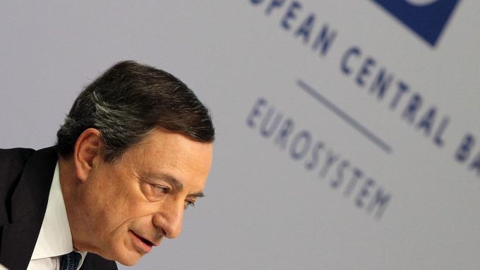 通膨偏低 不確定性上升 歐洲央行憂心不已 (圖片:AFP)