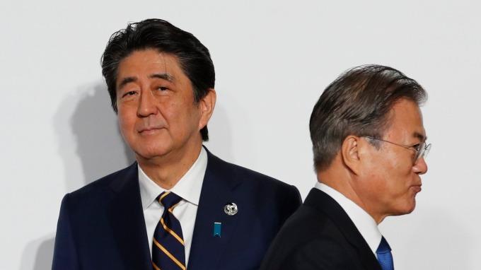 文在寅警告、日本經濟將遭受更大危害。(圖片:AFP)