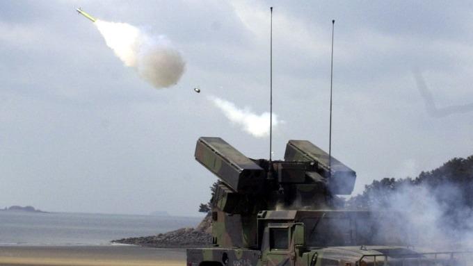 美國國務院上週批准M1A2T戰車、刺針防空飛彈等對台軍售項目。(圖片:AFP)