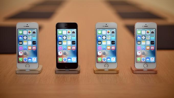 印度停售蘋果iPhone SE/6/6 Plus/6s Plus。(圖片:AFP)
