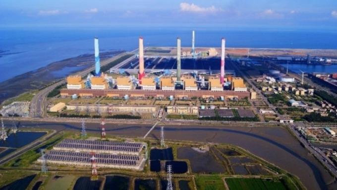 台電上半年大虧 297 億元,較去年同期增加 57 億元。(圖為台中電廠,擷取自台電官網)