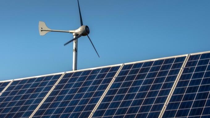 研調估今年全球太陽能模組需求量仍將超過120GW。(圖:AFP)