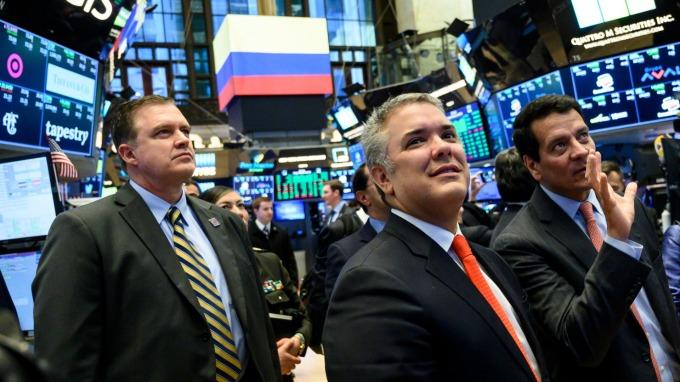 美股盤前─指數期貨進行整理 銀行業財報持續公布 (圖片:AFP)