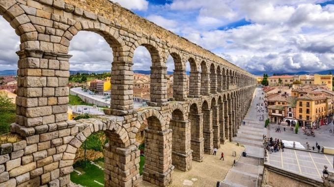 雄獅旅天下夏季旅展強打歐洲熱門景點4萬有找的超低價行程。(圖:旅天下提供)