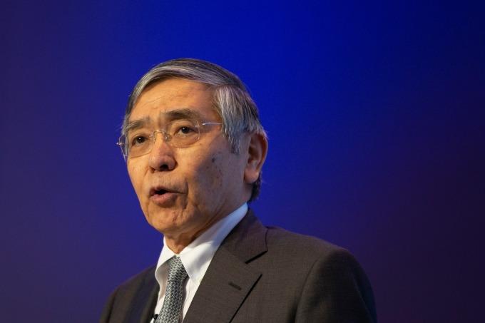 黑田東彥:會持續進行強而有力的貨幣寬鬆政策。(圖片:AFP)