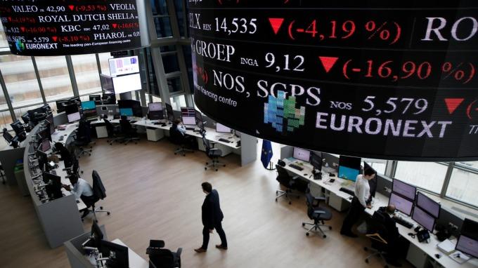 週三歐股盤前,指數期貨走跌。(圖片:AFP)