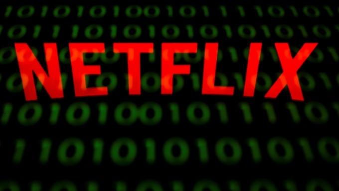 Netflix訂閱人數終將回升 分析師:本月跌14% 快逢低買進!(圖片:AFP)